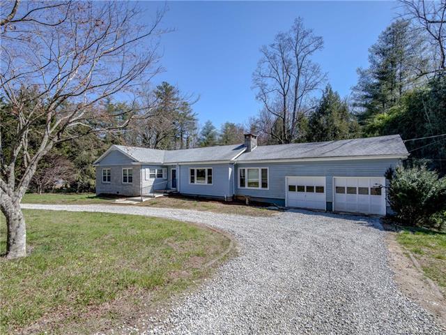 2210 Harden Circle, Hendersonville, NC 28739 (#3370223) :: Puffer Properties