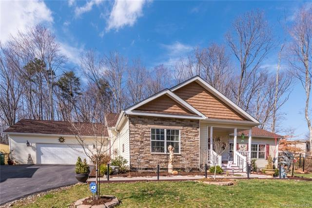 18 Spring Street, Candler, NC 28715 (#3370263) :: Stephen Cooley Real Estate Group
