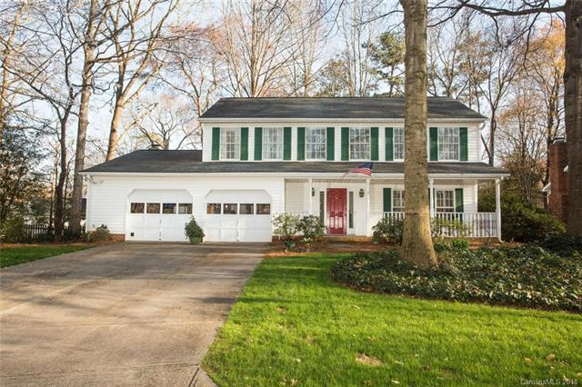 2512 Crescent Knoll Drive, Matthews, NC 28105 (#3370323) :: Exit Mountain Realty