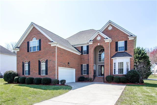 216 Castles Gate Drive, Mooresville, NC 28117 (#3370350) :: The Andy Bovender Team