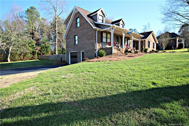 8942 Crestwood Drive, Mount Pleasant, NC 28124 (#3370356) :: Team Honeycutt