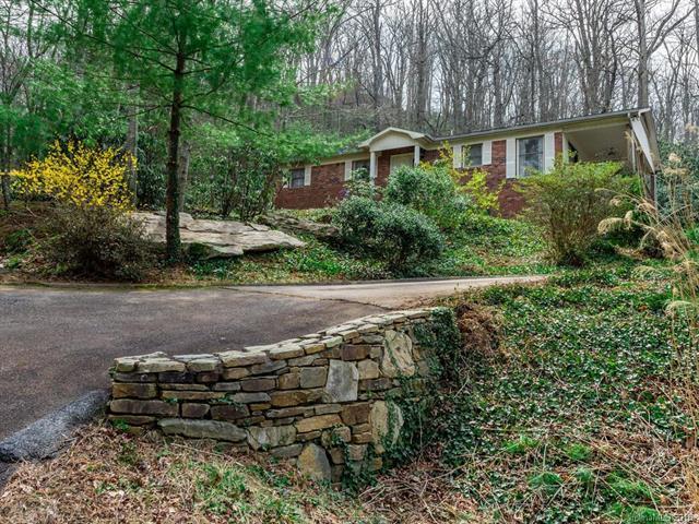100 Harmony Lane, Hendersonville, NC 28791 (#3370401) :: Caulder Realty and Land Co.