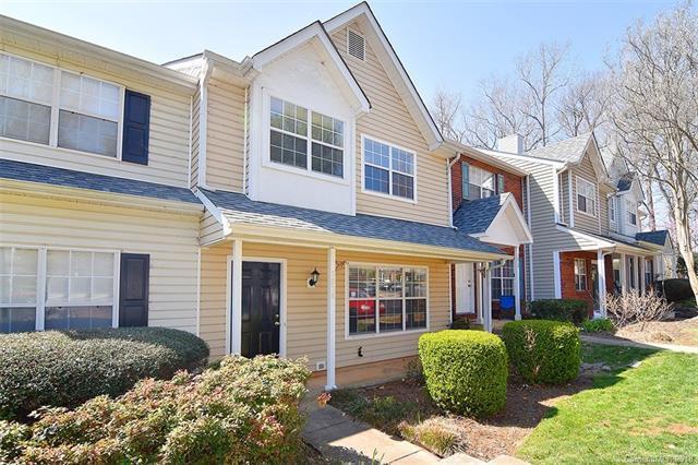 5838 Prescott Court, Charlotte, NC 28269 (#3370461) :: Cloninger Properties