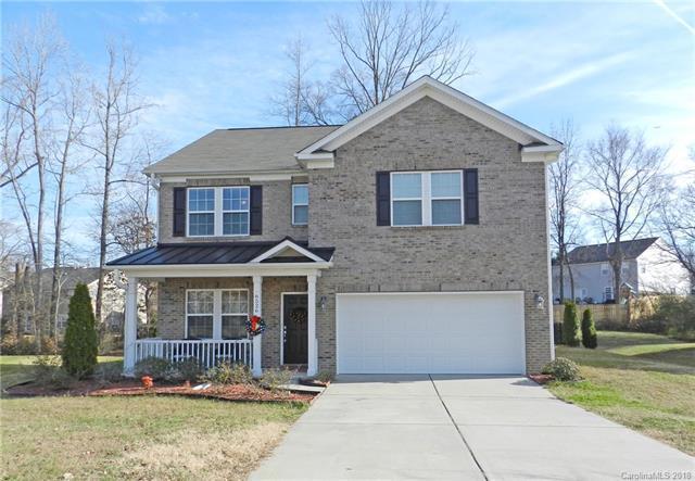 6526 Fieldstone Manor Drive, Matthews, NC 28105 (#3370488) :: The Ann Rudd Group