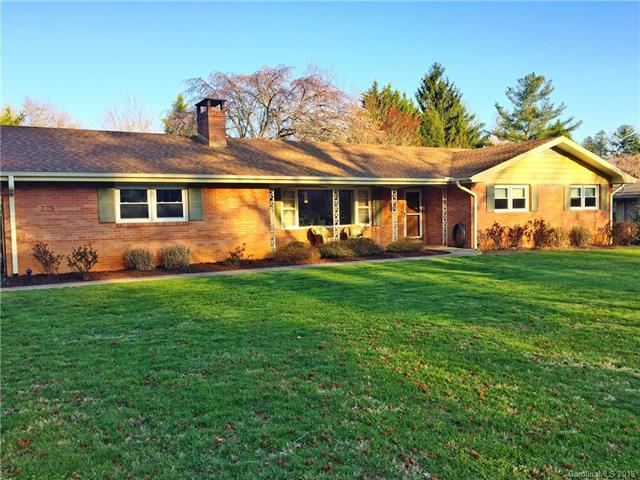 225 Balsam Road, Hendersonville, NC 28792 (#3370764) :: Exit Mountain Realty