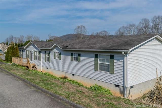 12 Mckinney Meadows Court, Etowah, NC 28729 (#3370889) :: Puffer Properties