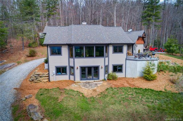 423 Charming Lane #4, Hendersonville, NC 28792 (#3370962) :: Caulder Realty and Land Co.