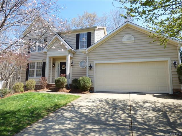 6022 Beech Cove Lane, Charlotte, NC 28269 (#3371019) :: The Andy Bovender Team
