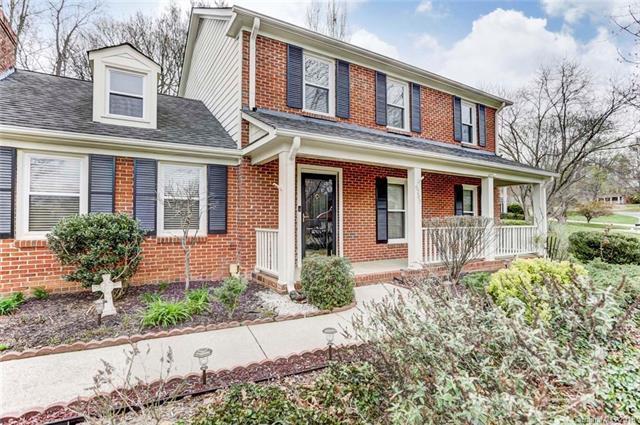 6205 Oak Glen Lane, Charlotte, NC 28277 (#3371071) :: LePage Johnson Realty Group, LLC