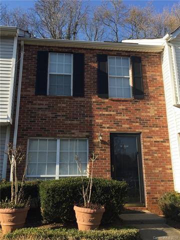 6133 Windsor Gate Lane, Charlotte, NC 28215 (#3371098) :: The Sarver Group