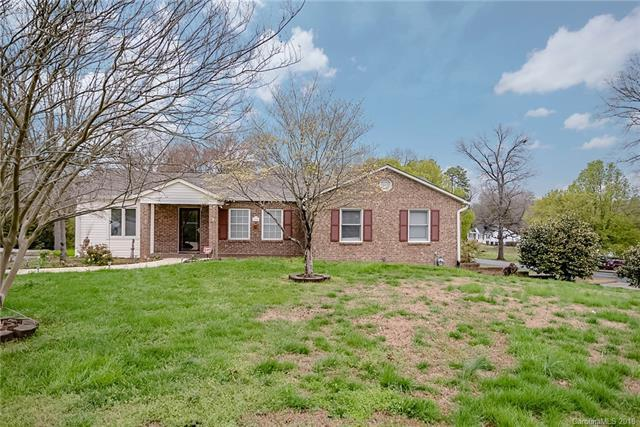 204 Stonecrest Circle, Concord, NC 28027 (#3371444) :: The Ramsey Group