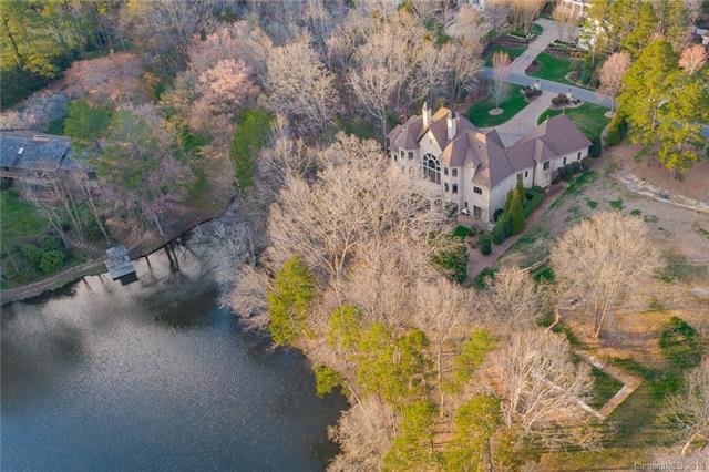 5500 Gorham Drive, Charlotte, NC 28226 (#3371879) :: Caulder Realty and Land Co.