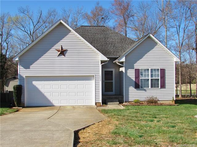 1562 Kindred Circle, Concord, NC 28027 (#3372094) :: Team Honeycutt