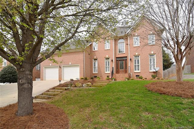 106 Stirling Heights Lane, Fort Mill, SC 29715 (#3372176) :: Puma & Associates Realty Inc.