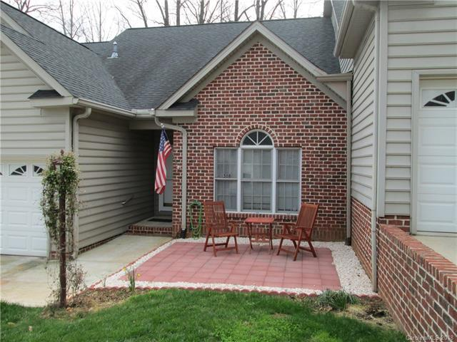 1508 Forest Park Drive, Statesville, NC 28677 (MLS #3372205) :: RE/MAX Impact Realty