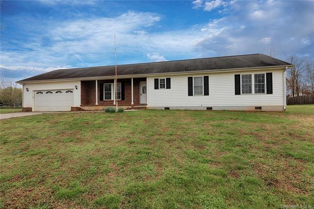 137 Charis Lane, Statesville, NC 28677 (MLS #3372276) :: RE/MAX Impact Realty