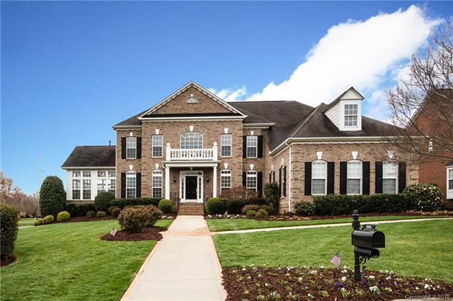 7601 Berryfield Court, Waxhaw, NC 28173 (#3372794) :: The Andy Bovender Team