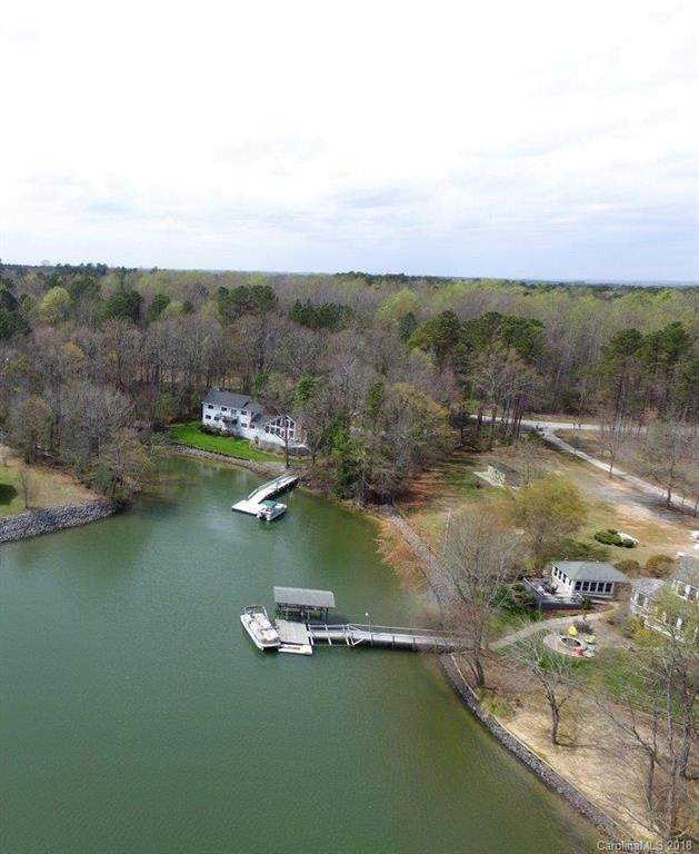 3228 Lake Wylie Drive 50B, Rock Hill, SC 29732 (#3372818) :: Phoenix Realty of the Carolinas, LLC