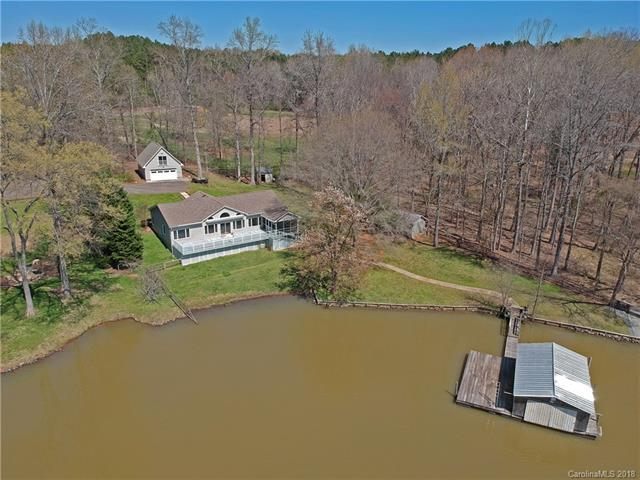 8560 Lilybet Lane, Charlotte, NC 28278 (#3372950) :: Exit Mountain Realty
