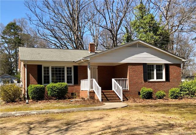 1406 Virginia Avenue, Monroe, NC 28112 (#3373276) :: Exit Mountain Realty
