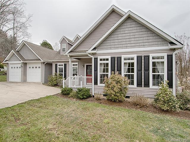 372 County Road #2, Waynesville, NC 28785 (#3373440) :: High Performance Real Estate Advisors