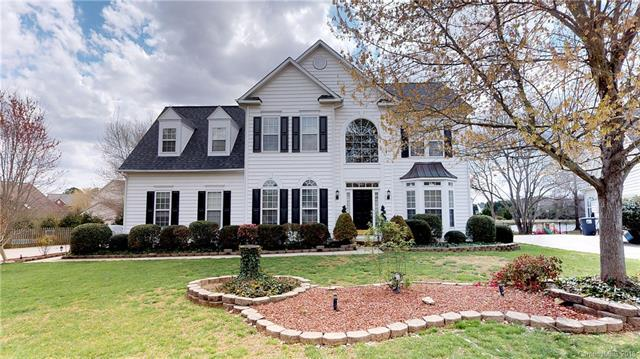 8621 Elmsworth Lane, Indian Trail, NC 28079 (#3373471) :: The Andy Bovender Team