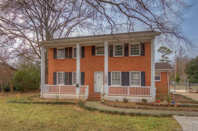 4624 Carriage Drive Circle, Charlotte, NC 28205 (#3374034) :: LePage Johnson Realty Group, LLC