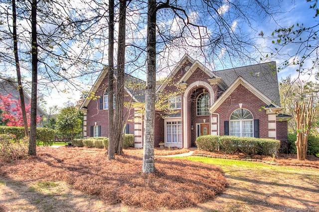 1016 Spyglass Lane, Marvin, NC 28173 (#3374135) :: Zanthia Hastings Team