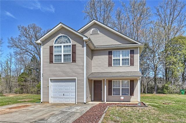 8748 Brookstead Meadow Court, Charlotte, NC 28215 (#3374573) :: LePage Johnson Realty Group, LLC
