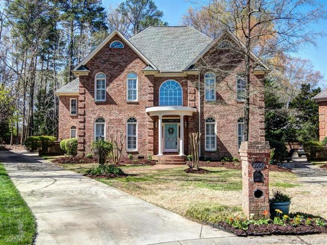 3906 Amyington Drive, Charlotte, NC 28226 (#3374701) :: LePage Johnson Realty Group, LLC