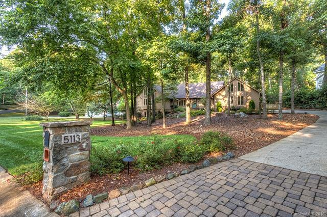 5113 Mcalpine Farm Road, Charlotte, NC 28226 (#3374857) :: Roby Realty