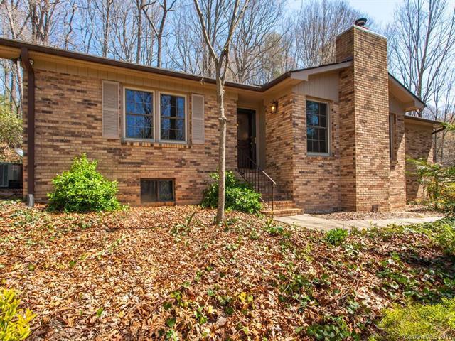 444 Deerhaven Lane, Hendersonville, NC 28791 (#3375051) :: Robert Greene Real Estate, Inc.