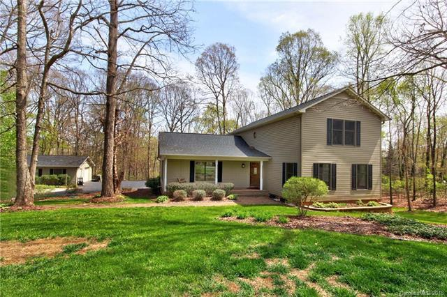 122 Nottingham Circle, Statesville, NC 28625 (#3375084) :: LePage Johnson Realty Group, LLC
