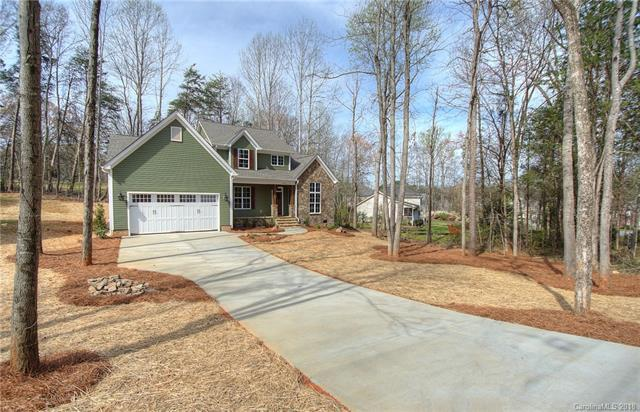 4433 Brookwood Road, Charlotte, NC 28215 (#3375520) :: The Andy Bovender Team