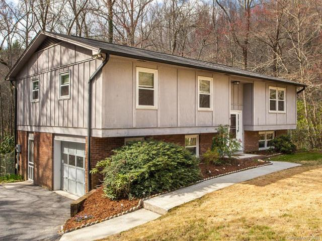 1 Laurel Forest Drive, Horse Shoe, NC 28742 (#3375791) :: LePage Johnson Realty Group, LLC