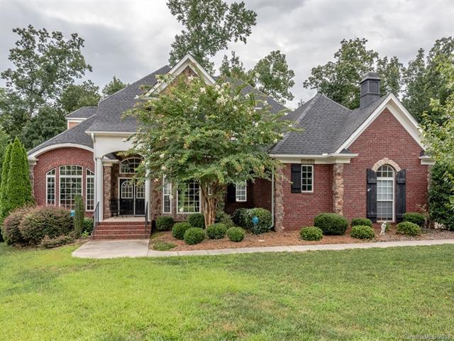 819 Abilene Lane, Fort Mill, SC 29715 (#3375990) :: The Andy Bovender Team