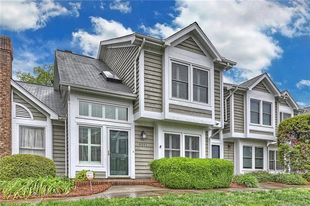 8251 Tradd Court, Charlotte, NC 28210 (#3376000) :: Scarlett Real Estate