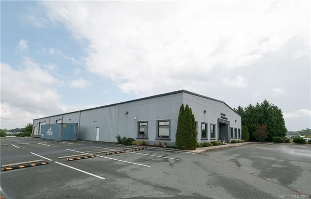 206 Overhill Drive, Mooresville, NC 28117 (#3376136) :: High Performance Real Estate Advisors