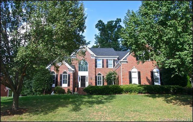 2137 Retana Drive #107, Charlotte, NC 28270 (#3376139) :: Cloninger Properties