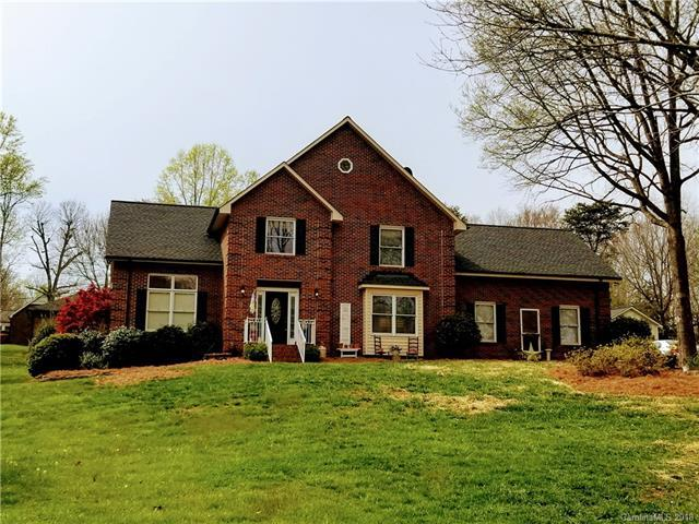 104 Woodvale Circle, Lincolnton, NC 28092 (#3376305) :: The Ann Rudd Group