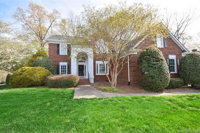 3338 Twin Ridge Drive, Charlotte, NC 28210 (#3376335) :: RE/MAX Metrolina