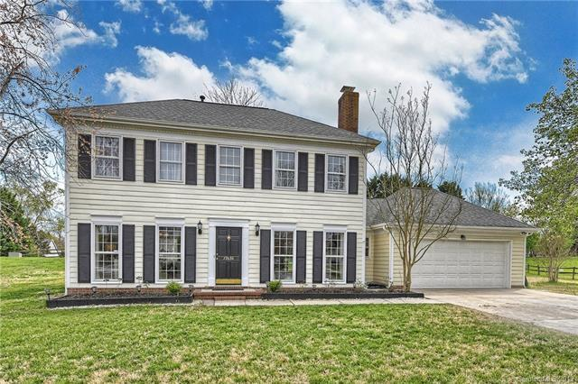 12636 Parks Farm Lane, Charlotte, NC 28277 (#3376661) :: The Andy Bovender Team