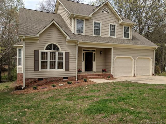 10024 Avon Farm Lane, Charlotte, NC 28269 (#3376757) :: Miller Realty Group