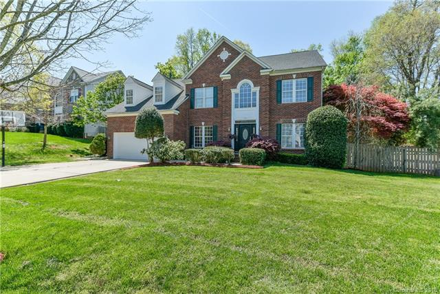 105 Cresthill Lane, Fort Mill, SC 29715 (#3377623) :: LePage Johnson Realty Group, LLC