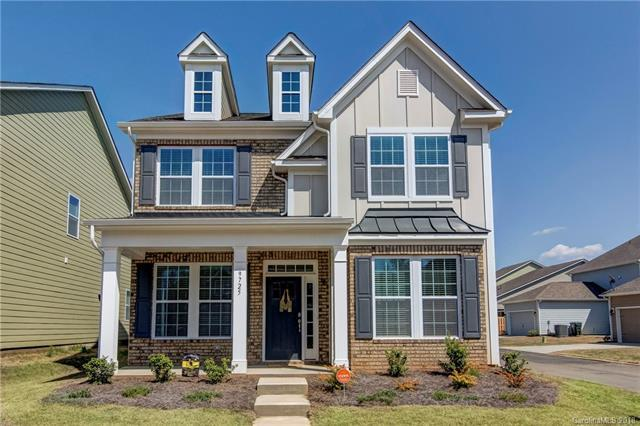 9725 Rayneridge Drive, Huntersville, NC 28078 (#3378256) :: Scarlett Real Estate