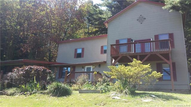 3893 Hemphill Road, Waynesville, NC 28785 (#3378528) :: Burton Real Estate Group