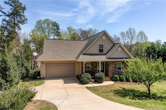 2845 Lake Front Drive, Belmont, NC 28012 (#3378566) :: Phoenix Realty of the Carolinas, LLC