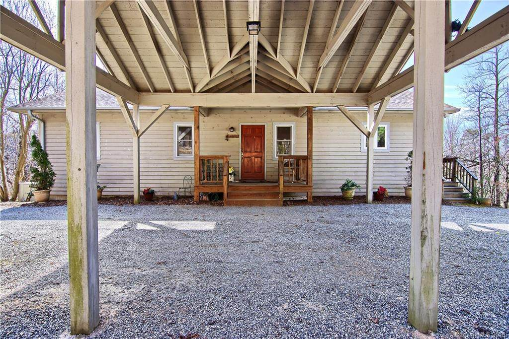 2 Rhetts Ridge Road, Zirconia, NC 28790 (#3378786) :: The Premier Team at RE/MAX Executive Realty
