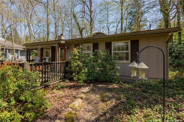 213 Laurel Circle Drive, Black Mountain, NC 28711 (#3378823) :: Exit Mountain Realty