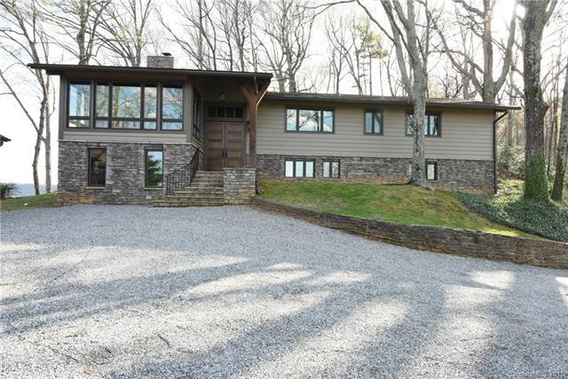 2045 Hogback Mountain Road, Tryon, NC 28782 (#3378853) :: Rinehart Realty